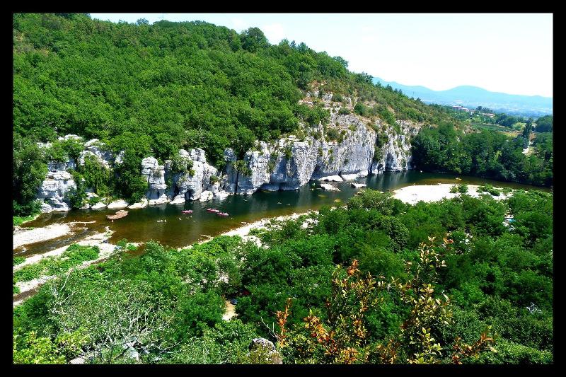 Campsite Les Actinidias Berrias Et Casteljau