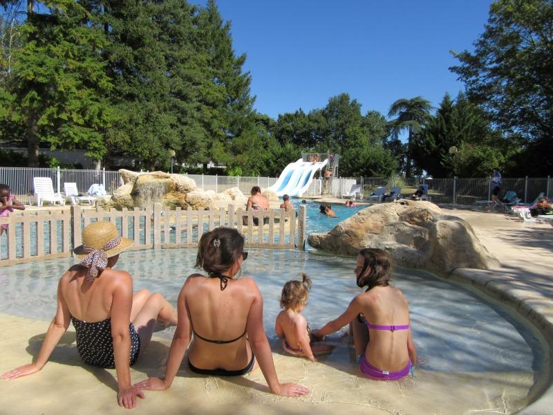 Campingplatz Domaine de Peyreguilhot LAPARADE