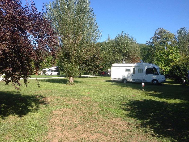 Camping Municipal De L'Ecluse Douelle