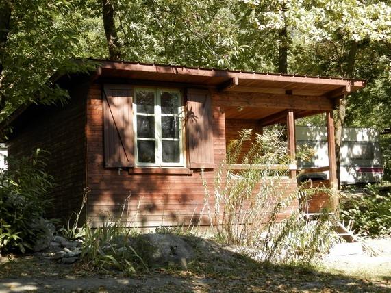 Camping 2 toiles le bois joli saint alban des villards for Camping le bois joli st martin sur la chambre