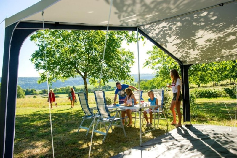 Camping DOMAINE Les pastourels Veyrines de Domme