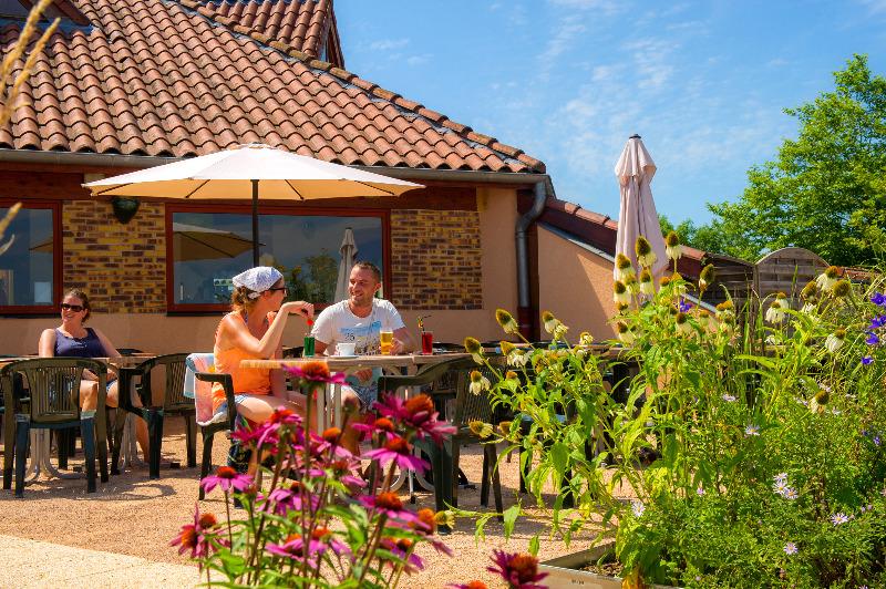 Camping Le Village des Meuniers Dompierre Les Ormes