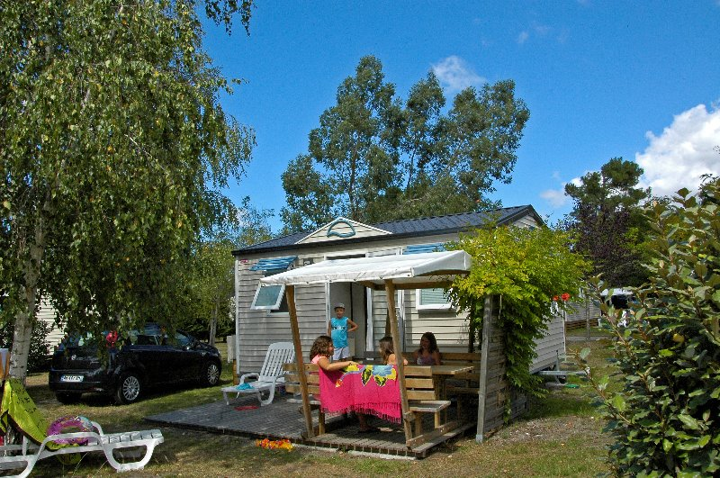 Camping Les Ourmes F - Hourtin Port