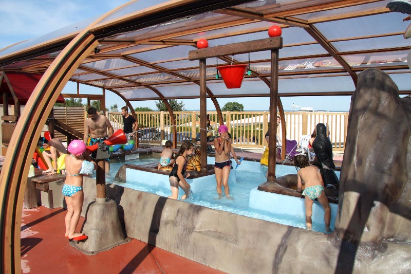 Camping 4 toiles le bellevue villers sur mer for Camping cabourg piscine