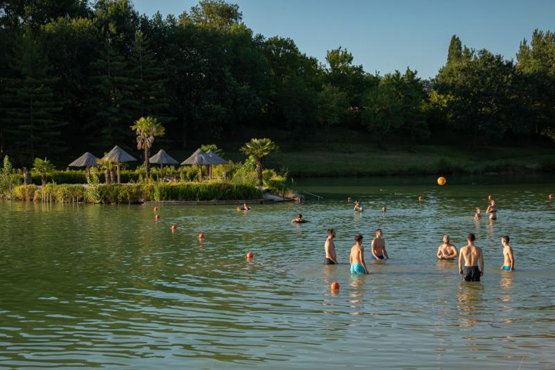 Campsite 5 Stars Yelloh Village Lac Des 3 Vallees Lectoure Gers
