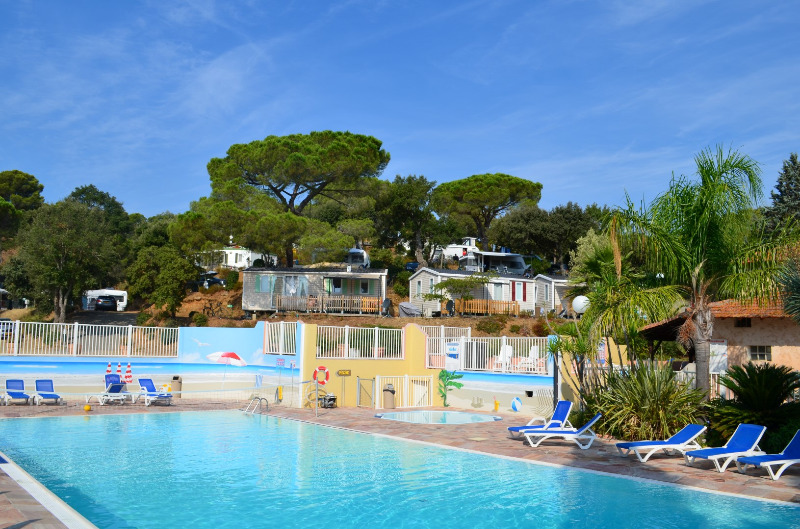 Camping Les Lauriers Roses Saint Aygulf