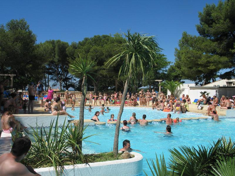 Campsite Le Mas  La Couronne - Martigues