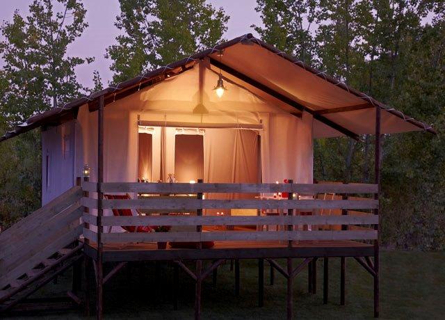 Campingplatz Les Charmes Saint André d'Allas
